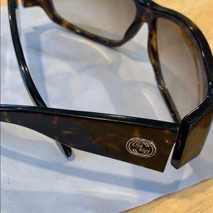 Gucci sunglasses GG 2592/S 086DB